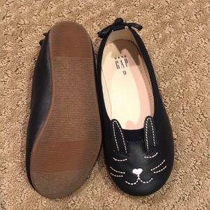 GAP Shoes - Baby Gap cats!